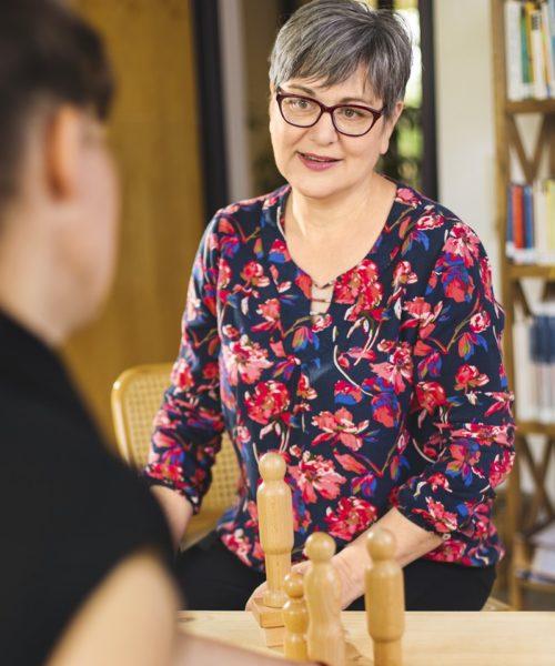 Kathleen im Coaching mit einer Kundin